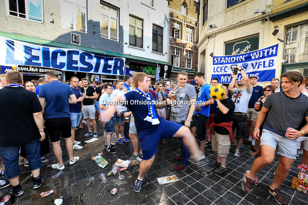 14 September 2016 - UEFA Champions League (Group G) - Club Brugge v Leicester City - Leicester City fans play football in Brugge town centre - Photo: Marc Atkins / Offside.