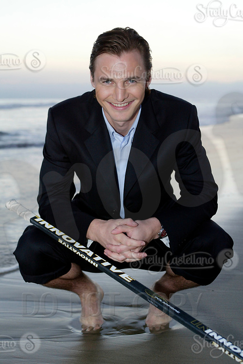 Aug 20, 2003; Newport Beach, California, USA; NHL Anaheim Mighty Ducks newest centermen SERGEI FEDOROV visits the Pacific Ocean while searching for a new home in Southern California. Fedorov means business after agreeing to a 5 year deal to play professional Ice Hockey for the Mighty Ducks after leaving the Detroit Red Wings after the 2002-2003 season. Former Russian Hockey player for the Central Red Army.  X-husband of Russian tennis star ANNA KOURNIKOVA. Mandatory Credit: Photo by Shelly Castellano/ZUMA Press. (©) Copyright 2003 by Shelly Castellano