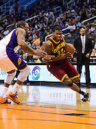 Nov. 09, 2012; Phoenix, AZ, USA; Cleveland Cavaliers forward Alonzo Gee (33) drives the ball against the Phoenix Suns forward P.J Tucker (17) during the first half at US Airways Center. Mandatory Credit: Jennifer Stewart-US PRESSWIRE.