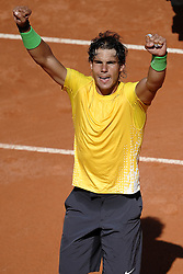 14.05.2011, Foro Italico, Rom, ITA, ATP World Tour, Rome Masters, im Bild Rafael Nadal of Spain celebrates winning his semifinal against Richard Gasquet of France.Roma 14/5/2011 Foro Italico.Internazionali BNL d'Italia - Tennis.. EXPA Pictures © 2011, PhotoCredit: EXPA/ InsideFoto/ Andrea Staccioli +++++ ATTENTION - FOR AUSTRIA/AUT, SLOVENIA/SLO, SERBIA/SRB an CROATIA/CRO CLIENT ONLY +++++