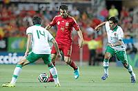 Spain's Cesc Fabregas (c) and Bolivia's Gualberto Mojica (l) and Damir Miranda during international friendly match.May 30,2014.(ALTERPHOTOS/Acero)