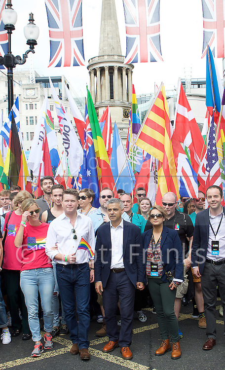 Pride London <br /> setting up before the Parade and during the Parade <br /> London, Great Britain <br /> 25th June 2016 <br /> <br /> US Ambassador and Mayor of London head the parade <br /> <br /> <br /> Photograph by Elliott Franks <br /> Image licensed to Elliott Franks Photography Services