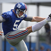 Steve Weatherford punt training during the 2013 New York Giants Training Camp at the Quest Diagnostics Training Centre, East Rutherford, New Jersey, USA. 29th July 2013. Photo Tim Clayton.