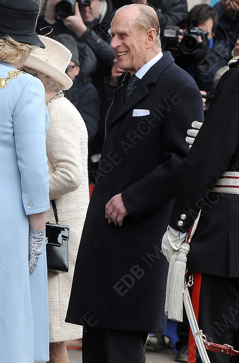 20.MARCH.2013. LONDON<br /> <br /> THE ROYAL FAMILY VISITS BAKER STREET UNDERGROUND STATION, LONDON<br /> <br /> BYLINE: EDBIMAGEARCHIVE.CO.UK<br /> <br /> *THIS IMAGE IS STRICTLY FOR UK NEWSPAPERS AND MAGAZINES ONLY*<br /> *FOR WORLD WIDE SALES AND WEB USE PLEASE CONTACT EDBIMAGEARCHIVE - 0208 954 5968*