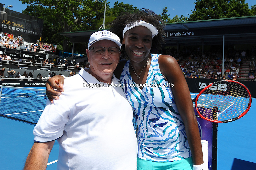 Venus Williams from the USA with winner of hit a serve from a pro on Day 3 of the ASB Classic Women's International. ASB Tennis Centre, Auckland, New Zealand. Wednesday 7 January 2015. Copyright photo: Chris Symes/www.photosport.co.nz