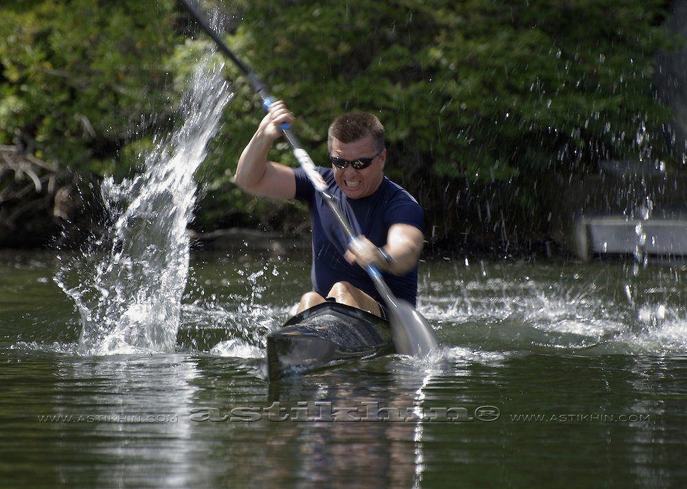 Powerful start on Olympic stile kayak K-1.