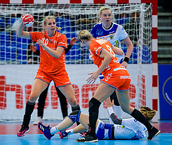 13-12-2019 JAP: Semi Final Netherlands - Russia, Kumamoto<br /> The Netherlands beat Russia in the semifinals 33-22 and qualify for the final on Sunday in Park Dome at 24th IHF Women's Handball World Championship / Lois Abbingh #8 of Netherlands, Anna Vyakhireva #13 of Russia, Danick Snelder #10 of Netherlands