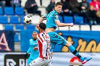 TILBURG - 19-02-2017, Willem II - AZ, Koning Willem II Stadion, Willem II speler Darryl Lachman, AZ speler Wout Weghorst