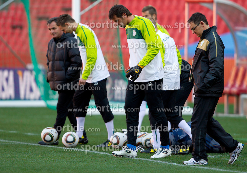 Tomaz Kavcic, Tim Matavz, Jasmin Handanovic, Matjaz Vogrin of Slovenia warm up during training session at Ellis Park on June 17, 2010 in Johannesburg, South Africa. Slovenia will play their next FIFA World Cup Group C match against USA at Ellis Park in on Friday June 18, 2010, in Johannesburg, South Africa. (Photo by Vid Ponikvar / Sportida)