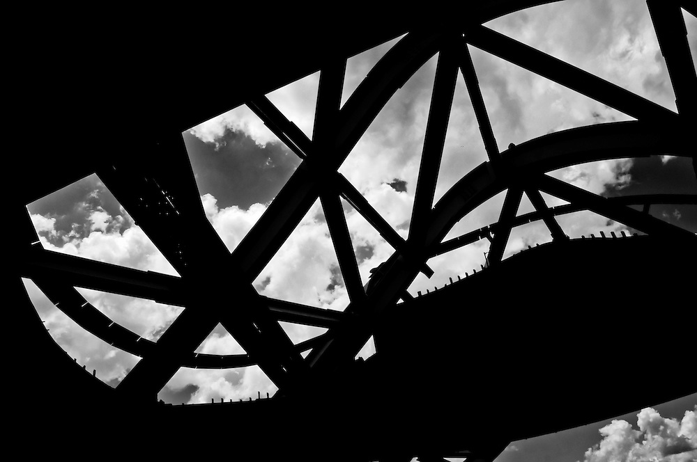CONSTRUCCION DEL BIOMUSEO (Edificio Puente de Vida).Photography by Aaron Sosa.Panama City, Panama 2011.(Copyright © Aaron Sosa)