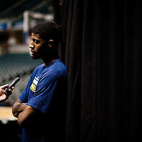 INDIANAPOLIS, INDIANA -- The Indiana Pacers practice at the Bankers Life Field House in Indianapolis, Indiana, on Tuesday, March 12, 2013.   (PHOTO / CHIP LITHERLAND)