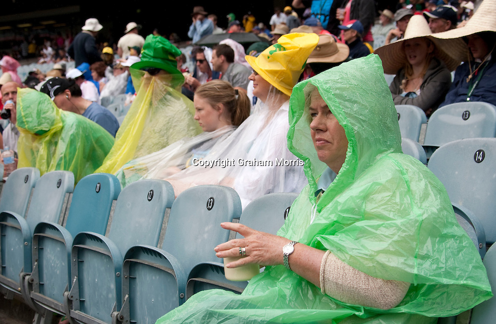 Rain stops play during the fourth Ashes test match between Australia and England at the MCG in Melbourne, Australia. Photo: Graham Morris (Tel: +44(0)20 8969 4192 Email: sales@cricketpix.com) 26/12/10