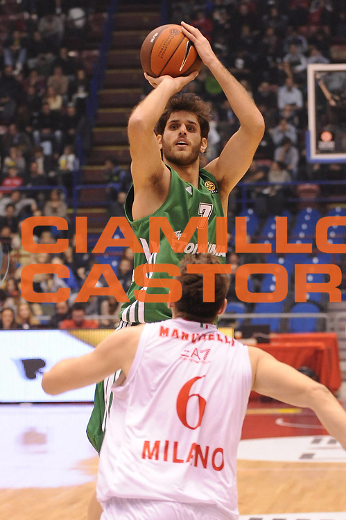 DESCRIZIONE : Milano Eurolega 2011-12 EA7 Emporio Armani Milano Panathinaikos Atene<br /> GIOCATORE : Stratos Perperoglou<br /> CATEGORIA : tiro<br /> SQUADRA : Panathinaikos Atene<br /> EVENTO : Eurolega 2011-2012<br /> GARA : EA7 Emporio Armani Milano Panathinaikos Atene<br /> DATA : 19/01/2012<br /> SPORT : Pallacanestro <br /> AUTORE : Agenzia Ciamillo-Castoria/M.Marchi<br /> Galleria : Eurolega 2011-2012<br /> Fotonotizia : Milano Eurolega 2011-12 EA7 Emporio Armani Milano Panathinaikos Atene<br /> Predefinita :
