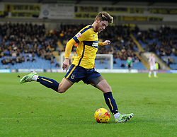 Oxford United's Wes Burns in action against Cheltenham Town - Photo mandatory by-line: Paul Knight/JMP - Mobile: 07966 386802 - 03/01/2015 - SPORT - Football - Oxford - Kassam Stadium - Oxford United v Cheltenham Town - Sky Bet League Two