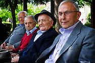 Verbicaro, Italia - 4 giugno 2011. Un gruppo di anziani ritratti nel centro del paese di Verbicaro in Calabria..Ph. Roberto Salomone Ag. Controluce