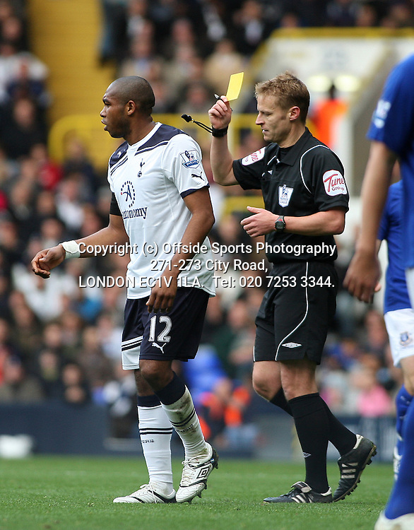 23/10/2010 Premier League football. Tottenham Hotspur v Everton.<br /> Wilson Palacios is shown the yellow card by referee Mike Jones.<br /> Photo: Mark Leech.