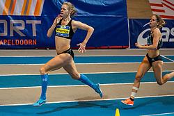 Suzanne Voorrips en Sanne Wolters-Verstegen in action on 800 meter during the Dutch Indoor Athletics Championship on February 23, 2020 in Omnisport De Voorwaarts, Apeldoorn