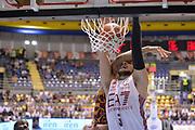 DESCRIZIONE : Supercoppa 2015 Semifinale EA7 Emporio Armani Milano - Reyer Venezia<br /> GIOCATORE : Alessandro Gentile<br /> CATEGORIA : schiacciata sequenza fallo<br /> SQUADRA : EA7 Emporio Armani Milano<br /> EVENTO : Supercoppa 2015<br /> GARA : EA7 Emporio Armani Milano - Reyer Venezia<br /> DATA : 26/09/2015<br /> SPORT : Pallacanestro <br /> AUTORE : Agenzia Ciamillo-Castoria/Max.Ceretti