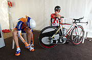 Rabobank's Steven Kruijswijk (finished 3rd overall) and Levi Leipheimer prepare before the final TDS TT.