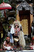 Batubulan. Rangda, the widow-witch, most important representative of the evil spirits.