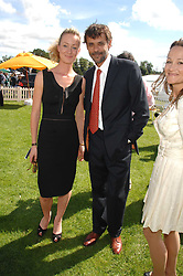 Actor ALEXANDER SIDDIG and LORIEN HAYNES at the final of the Veuve Clicquot Gold Cup 2007 at Cowdray Park, West Sussex on 22nd July 2007.<br />