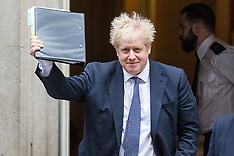2019-10-23 Boris Johnson leaves for PMQs