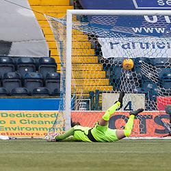#7 Kenny McLean (Aberdeen, extreme left) scores the opening goal - Kilmarnock v Aberdeen - Ladbrokes Premiership - 26 November 2017 - © Russel Hutcheson | SportPix.org.uk