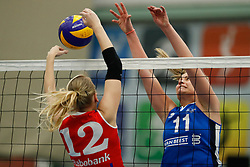 20170430 NED: Eredivisie, VC Sneek - Sliedrecht Sport: Sneek<br />Klaske Sikkes (10) of VC Sneek, Inge Molendijk (11) of Sliedrecht Sport <br />&copy;2017-FotoHoogendoorn.nl / Pim Waslander