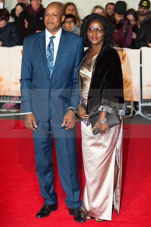 © Licensed to London News Pictures. 28/11/2016. MO FARRAH attend's the I Am Bolt world film premiere. London, UK. Photo credit: Ray Tang/LNP
