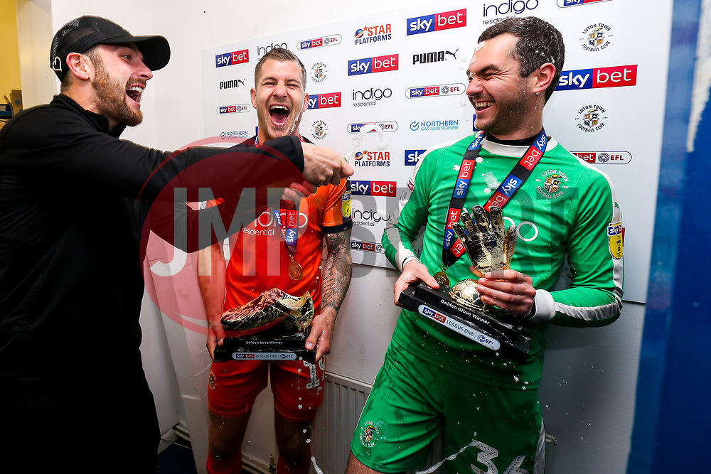 James Collins and James Shea of Luton Town win the 2018/19 Sky Bet League One Golden Boot and Golden Glove awards as Luton Town celebrate winning the league and securing automatic promotion from Sky Bet League 1 to the Sky Bet Championship - Rogan/JMP - 04/05/2019 - Kenilworth Road - Luton, England - Luton Town v Oxford United - Sky Bet League One.
