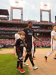 ST. LOUIS, USA - Monday, August 1, 2016: Liverpool's Georginio Wijnaldum walks out to face AS Roma during a pre-season friendly game on day twelve of the club's USA Pre-season Tour at the Busch Stadium. (Pic by David Rawcliffe/Propaganda)