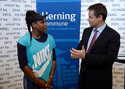 DK caption:<br /> 20141119, Herning, Danmark:<br /> Tennis Champions Battle, Pro Am i Sportscenter Herning: Unicef Ambassad&oslash;r Serena Williams (USA) og Hernings Borgmester Lars Krarup pr&aelig;senterer Herning som UNICEF by<br /> Foto: Lars M&oslash;ller<br /> UK Caption:<br /> 20141119, Herning, Denmark:<br /> Tennis Champions Battle, Pro Am i Sportscenter Herning: Unicef Ambassad&oslash;r Serena Williams (USA) og Hernings Borgmester Lars Krarup pr&aelig;senterer Herning som UNICEF by<br /> Photo: Lars Moeller