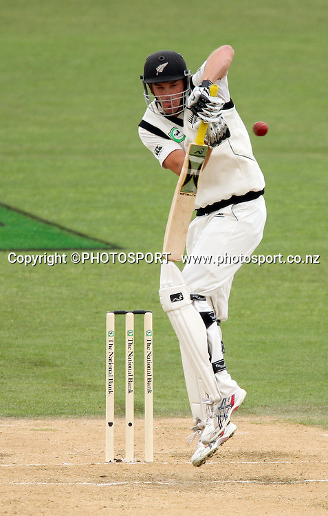 Kyle Mills plays defensive during play on day 3 of the second cricket test at McLean Park in Napier. National Bank Test Series, New Zealand v West Indies, Sunday 21 December 2008. Photo: Andrew Cornaga/PHOTOSPORT