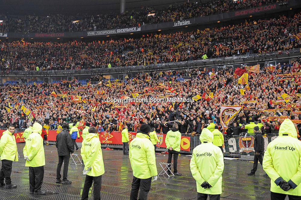 Joie supporters Lens - 07.12.2014 - Lens / Lille - 17eme journee de Ligue 1<br />Photo : Andre Ferreira / Icon Sport