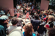 VENICE, ITALY..June 1999..48th Biennale of Venice.A Butho performance at the Giardini..(Photo by Heimo Aga)