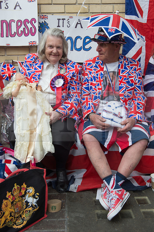 © London News Pictures. 03/04/15. London, UK. Maragaret Tyler and Terry Hutt wait outside the Lido Wing for the birth of the second child of the Duke and Duchess of Cambridge, St Mary's Hospital, Central London. Photo credit: Laura Lean/LNP