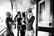 San Sebastiano al Vesuvio, Italia - 28 luglio 2011. I transessuali in gara al concorso di bellezza di Miss Trans Campania 2011 durante i preparativi prima della sfilata..Ph. Roberto Salomone Ag. Controluce.ITALY - Trasgenders prepare for Miss Trans Campania 2011 beauty contest in San Sebastiano al Vesuvio on July 28, 2011.