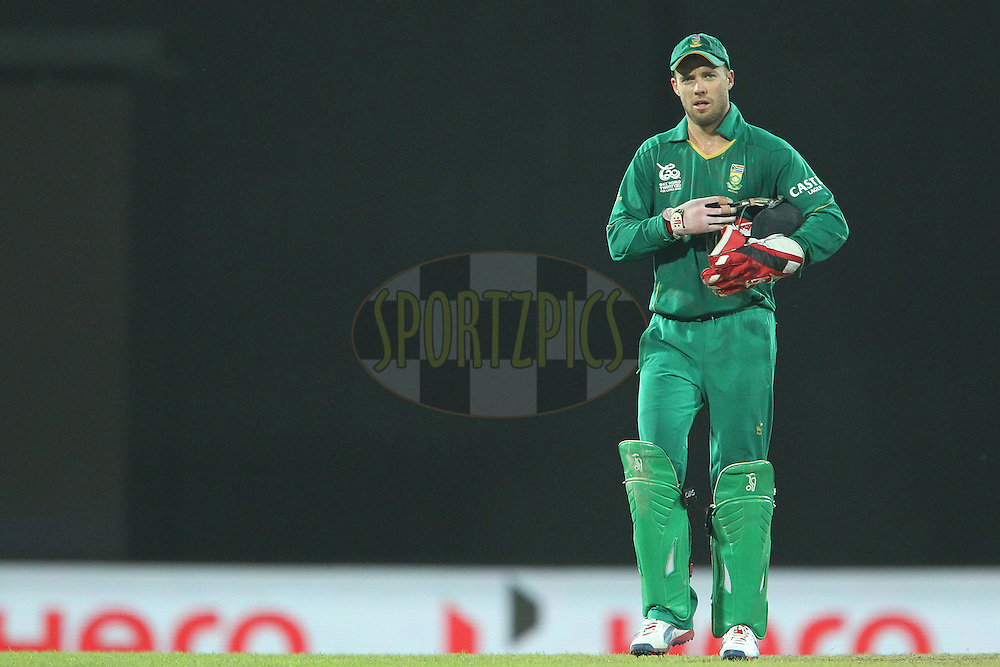 AB de Villiers (Captain) leaves the field after the match during the ICC World Twenty20 Super 8s match between Australia and South Africa held at the Premadasa Stadium in Colombo, Sri Lanka on the 30th September 2012..Photo by Ron Gaunt/SPORTZPICS