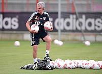 FUSSBALL  1. BUNDESLIGA   SAISON  2012/2013  03.07.2012 Trainingsauftakt beim FC Bayern Muenchen  Trainer Jupp Heynckes