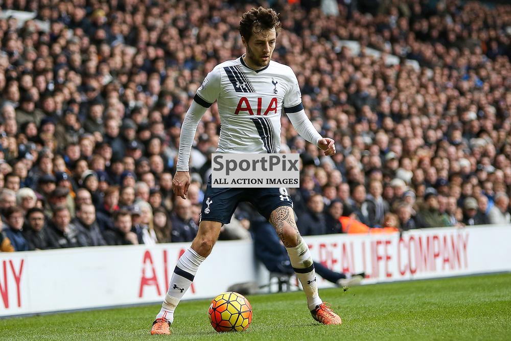 Ryan Mason on the ball During Tottenham Hotspur vs Chelsea on Sunday the 29th November 2015.