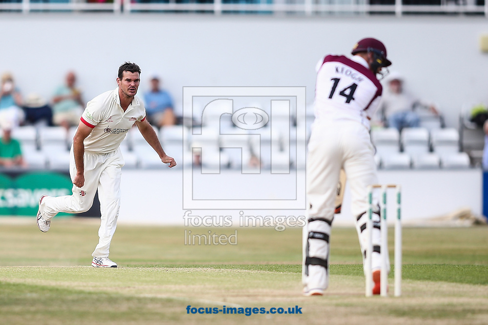 Clint McKay of Leicestershire (left) bowl;ing to Rob Keogh of Northamptonshire CCC (right) during the Specsavers County C'ship Div Two match at the County Ground, Northampton<br /> Picture by Andy Kearns/Focus Images Ltd 0781 864 4264<br /> 14/08/2016