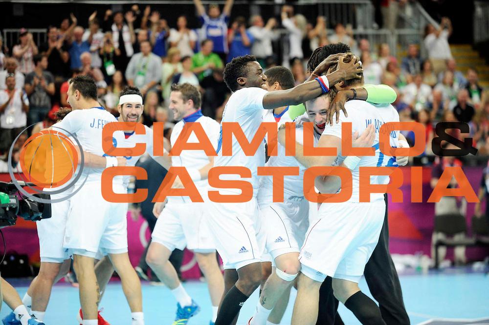 DESCRIZIONE : Handball Jeux Olympiques Londres Quart de Finale<br /> GIOCATORE : Joueur et Accambray William FRA<br /> SQUADRA : France Homme<br /> EVENTO : FRANCE Handball Jeux Olympiques<br /> GARA : France Espagne<br /> DATA : 08 08 2012<br /> CATEGORIA : handball Jeux Olympiques<br /> SPORT : HANDBALL<br /> AUTORE : JF Molliere <br /> Galleria : France JEUX OLYMPIQUES 2012 Action<br /> Fotonotizia : France Handball Homme Jeux Olympiques Londres Quart de Finale Basketball Arena<br /> Predefinita :