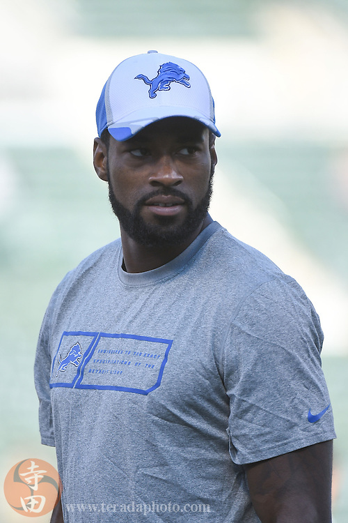August 15, 2014; Oakland, CA, USA; Detroit Lions wide receiver Calvin Johnson (81) before the game against the Oakland Raiders at O.co Coliseum.