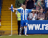 Photo: Olly Greenwood.<br />Colchester United v Leeds United. Coca Cola Championship. 09/04/2007. Colchester's Jamie Cureton celebrates scoring the winning goal