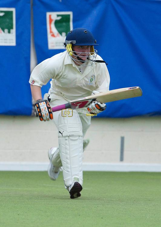 Varsity XV Women's Cricket - University of Sheffield v Sheffield Hallam University at Graham Solley Centre, Tinsley, Sheffield 05/04/2011