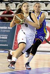 Mihaela Maxim si Patricia Gadarici