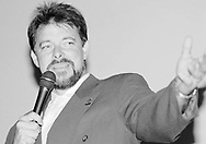 "Jonathan Frakes plays William Riker on the Syndicated television show ""Star Trek: the Next Generation.''"