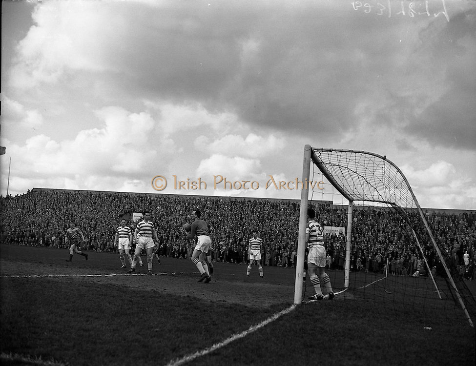 03/05/1959<br /> 05/03/1959<br /> 03 May 1959<br /> Soccer: Evergreen vs. Shamrock Rovers At Dalymount Park, Dublin. Final of Top Four Competition.