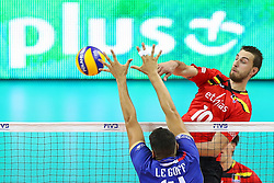 07.09.2014, Krakow Arena, Krakau, POL, FIVB WM, Frankreich vs Belgien, Gruppe D, im Bild Simon Van De Voorde (BEL), Nicolas Le Goff (FRA) // during the FIVB Volleyball Men's World Championships Pool D Match beween France and Belgium at the Krakow Arena in Krakau, Poland on 2014/09/07. <br /> <br /> ***NETHERLANDS ONLY***