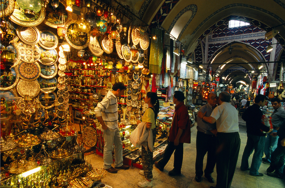 Shopping in the Grand Bazaar, Istanbul, Turkey